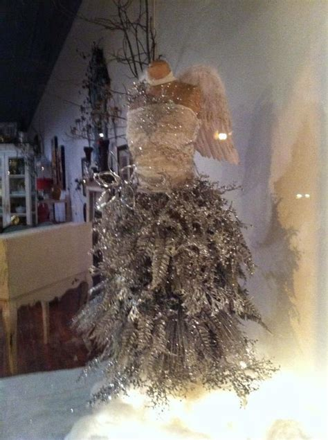 best way to dress a christmas tree 17 best ideas about tree dress on crafts