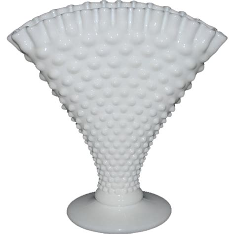White Hobnail Vase by Fenton Large White Hobnail Fan Vase From Thedaisychain On Ruby