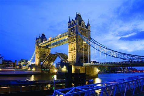 boat bar tower bridge london showboat river thames christmas party cruise