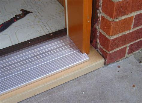 replace  metal door threshold wohomen
