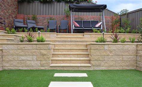 Boral Garden Wall Blocks Range Of Retaining Wall Blocks Available In Adelaide Sa