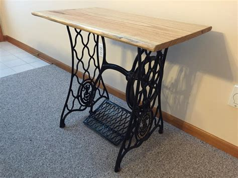 project feature singer sewing machine table top