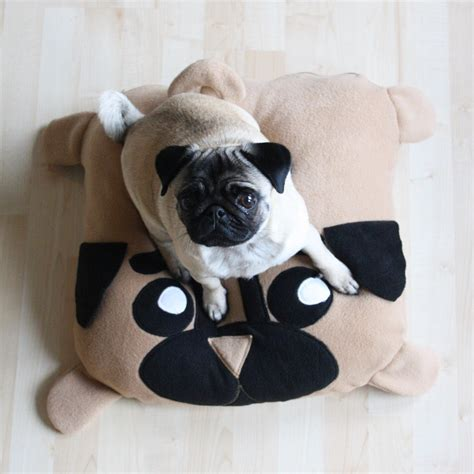 bed pugs xs pug pillow dog bed pouf pugs cute