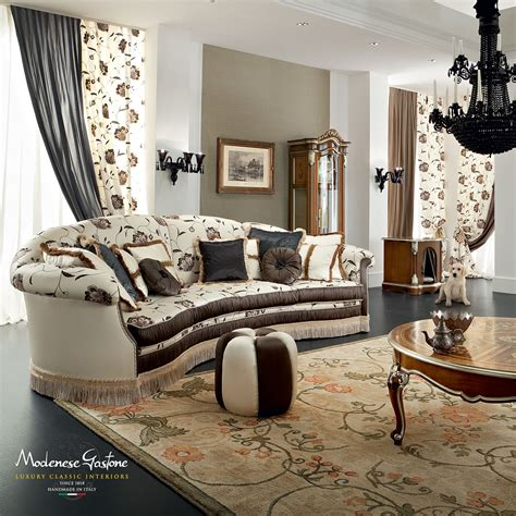 sofa salotto living room with a countryside interior design furnished