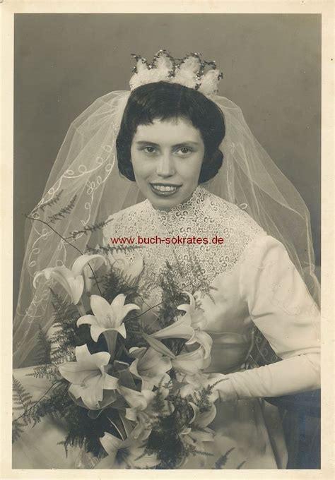 Brautkleider Junge Frauen by Buchversand Sokrates Ansichtskarte O A Foto