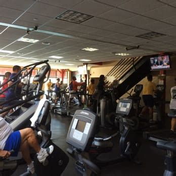 Admiral Prout Field House 13 Photos 14 Reviews Gyms San Diego Ca United