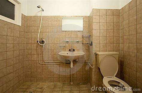 Altes Beiges Badezimmer Dekorieren by Passende Farbe Badezimmer Streichen Design Dekoration