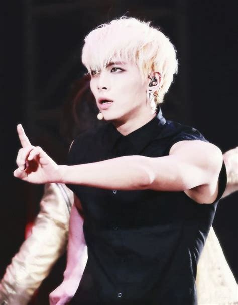 Shinee World Tumbler 17 best images about jonghyun on posts