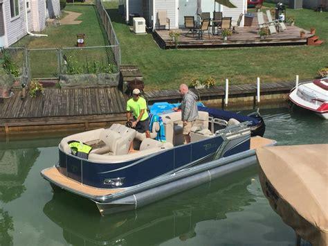 tahoe pontoon boats michigan tahoe boats for sale in michigan