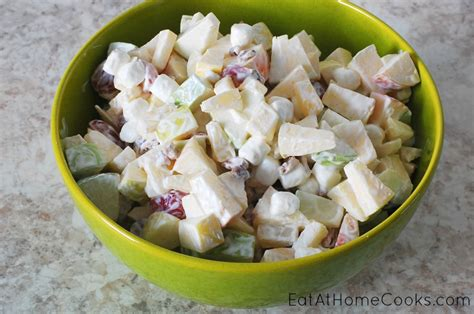 easy apple salad eat at home
