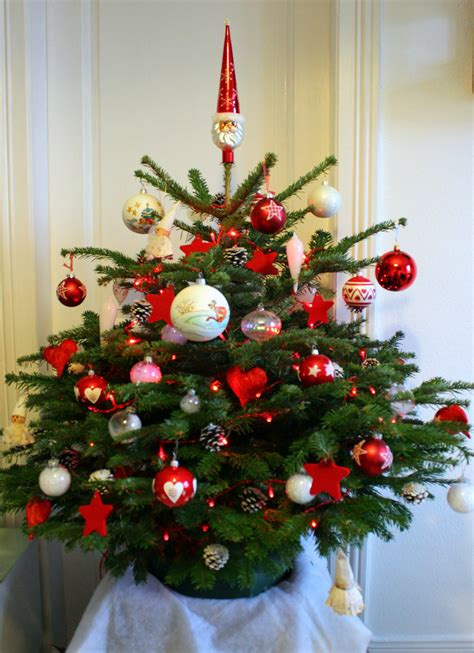 beautiful sapin de noel rouge et blanc contemporary