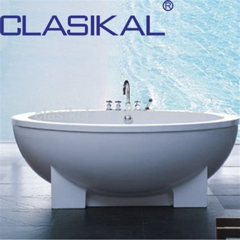 clean acrylic bathtub clasikal bathroom clean acrylic bathtub free standing