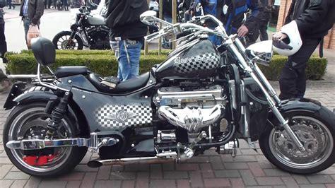 Boss Hoss Motorrad Sound by Boss Hoss V8 Sound 425 Hp 355 Km H 221 Mph See Also