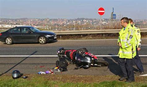 Motorradunfall A5 Freitag zwei schwere motorradunf 228 lle binnen stunden oberhessen live
