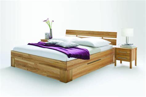schlafzimmer massivholz modern massivholz schlafzimmer bett modern zen xt mit