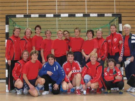 Tas Julie Kluge saison 2010 2011 abteilung handball sv lokomotive