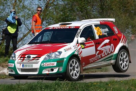 toyota corolla s2000 rally car