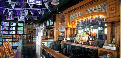 top ten bars in america best college bars in america business insider