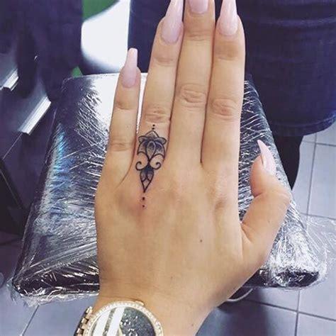 tattoo am finger classy one finger tattoos 2 golfian com