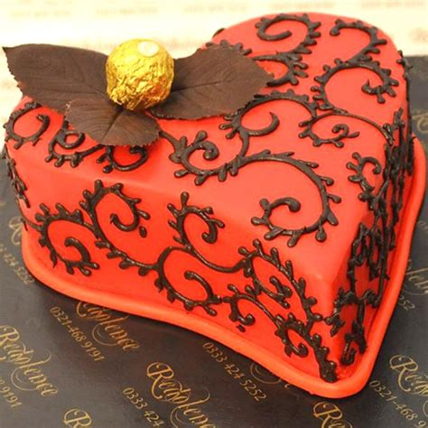 heart pattern cake 2lbs red heart pattern cake by redolence lahoregifts com