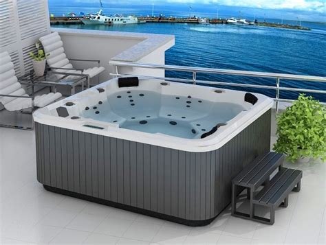 China Portable Spa Hot Tub Whirlpool Spa E 020 China Outdoor Spa Whirlpool Bathtub