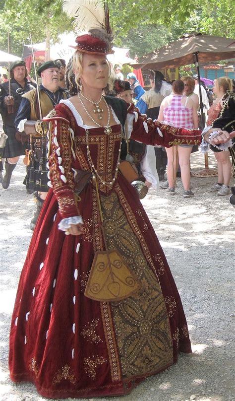 1000 ideas about tudor costumes on tudor 1000 ideas about renaissance festival costumes on