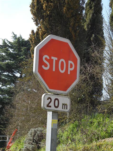 Panneau Stop Dans 1224 by Panneau Stop Dans 11 Faits R Els Sur La Je
