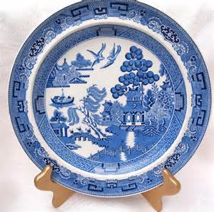 wedgwood of etruria blue willow dinner plate by houseoflucien