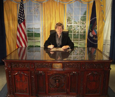 The Desk In The Oval Office Oval Office Desk