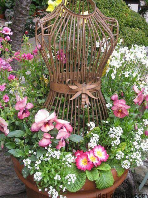 34 Best Vintage Garden Decor Ideas And Designs For 2017 Gardening Decor Ideas