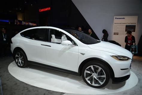 Tesla Model X Production Date 2016 Tesla Model X Suv Release Date Specs Review