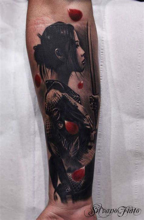 significato tattoo geisha con spada tatuaggi con geishe e geishe tatuate foto e significato
