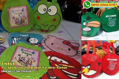 Spunbond Ulang Tahun Kartun tas spunbond ulangtahun model saku depan souvenir pernikahan