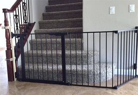custom bottom of the stairs baby safety gate with no holes