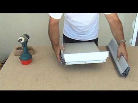montage d une cuisine montage des tiroirs blum
