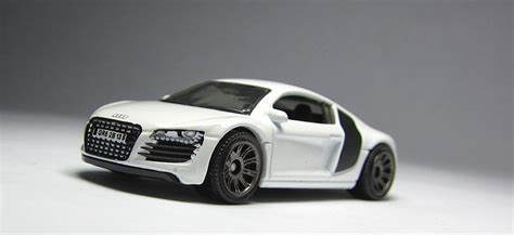 matchbox audi r8 first look 2013 matchbox audi r8 the lamley group