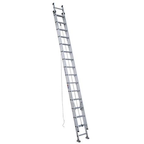 werner 32 ft aluminum d rung extension ladder with 300 lb