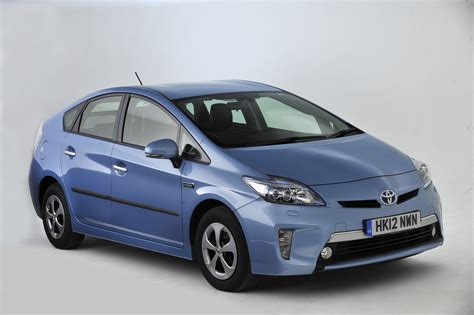 used toyota used toyota prius buying guide 2009 2015 mk3 carbuyer
