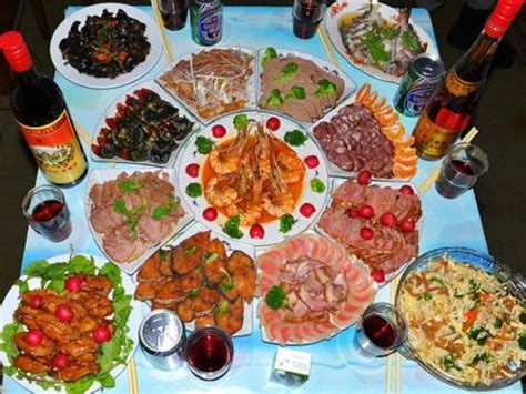 delicious dishes for new year s dinner new year s dinner feast for the family and also to