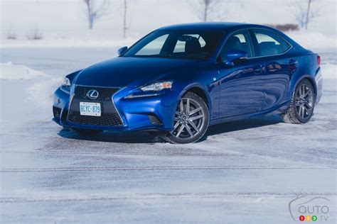 2016 lexus is 300 awd a pale copy of the original 300