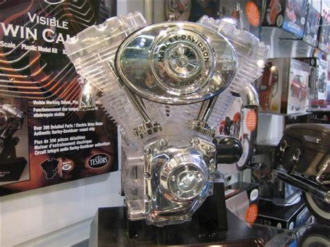 Harley Davidson 88 Engine by Visible Harley Davidson 88 Engine Testors 1 2