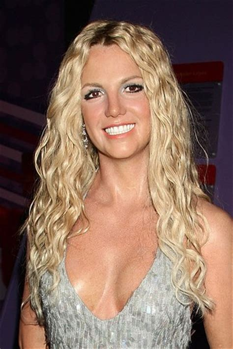 britney spears age britney spears measurements height weight bra size age