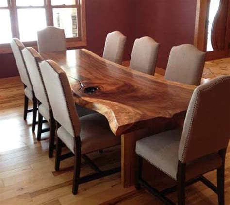 25  best ideas about Wood Dining Room Tables on Pinterest   Farm style dining table, Redoing