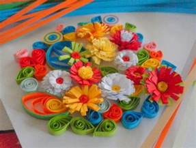 How To Make Flowers With Paper Quilling - paper quilling how to make fringed flowers for quilled