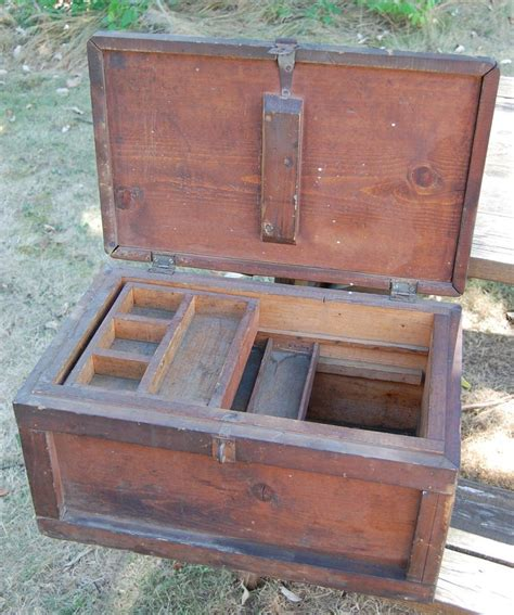 woodworkers tool chest antique tool chest trunk woodworking projects plans
