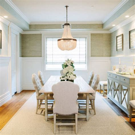 dining room wainscoting pictures best 25 wainscoting dining rooms ideas on