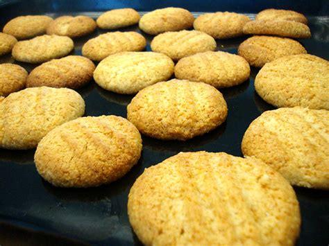 biscotti frollini fatti in casa ricetta biscotti frollini morbidi con fecola di patate