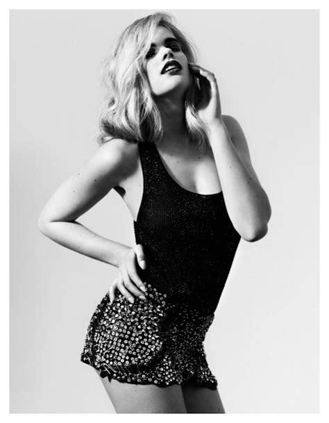 Valerie van der Graaf by John Lindquist for Vogue Turkey