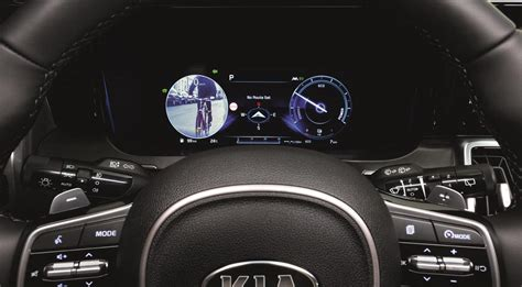 kia sorento debuts clever blind spot view monitor