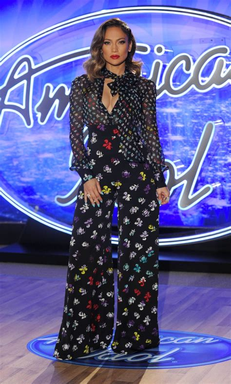 Jlo To Appear On Idol by Is 70s Glam In Dvf At American Idol
